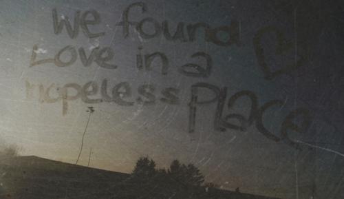 hopeless-love-lyrics-place-rihanna-Favim.com-25974